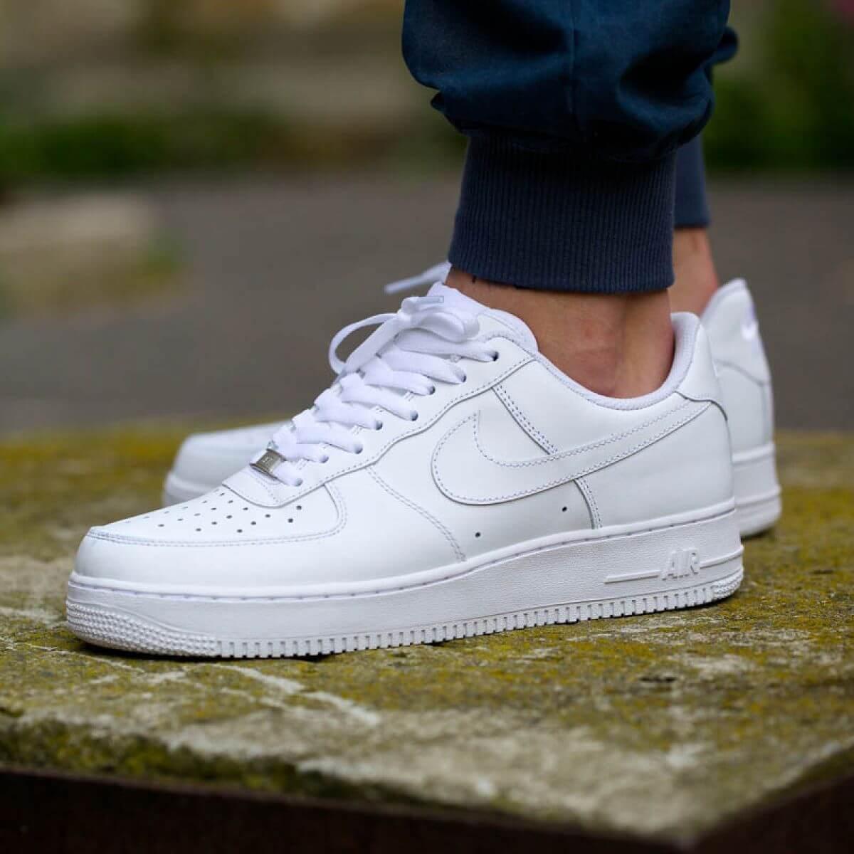 mẫu giày Nike mới nhất